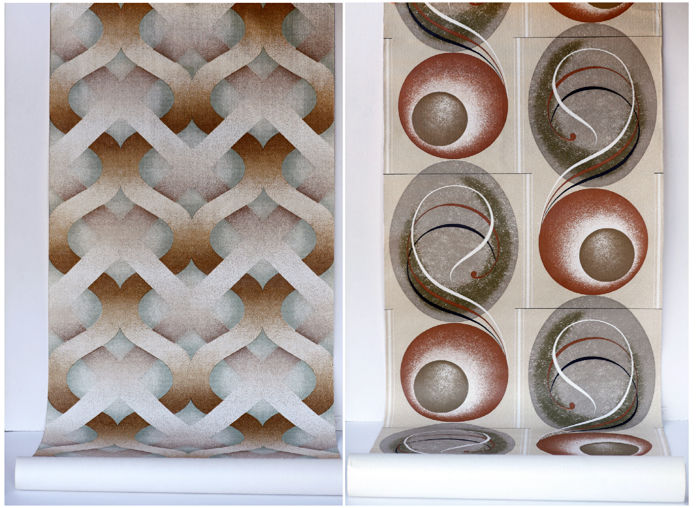 Two rolls of vintage wallpaper with 1970's design - Futurism Space age design