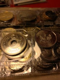 World - Lot of 128 coins