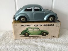 Bandai, Japan - Length 20 cm - Tin Volkswagen Beetle with friction motor, 1960s