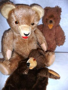 Lot of 3 Antique German Bears, a.o. Steiff Handpuppet Bear all ca. 194019/50s