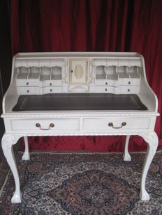 Antique white painted dressing table, in French baroque style - 20th century
