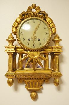 "Swedish ""Linderoth STOCKHOLM"" Gold plated hand carved wooden wall clock - ca. 1870"