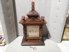 Antique wooden pendulum clock - Made by Junghans - early 20th century