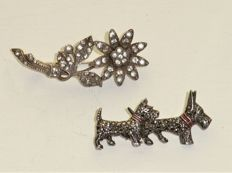 Two brooches, 1st half 20th century, 935 silver, with paste and markasites.