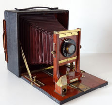 Century view camera 13x18 spring back red leather bellows (1930)