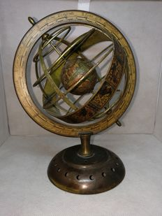 World Map Globe With antique maps - swivelling