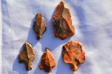 Different types of Aterian stone tools - 45 to 65 mm (5)