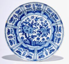 Delft earthenware Kakiemon dish with birds, flowers and fencing