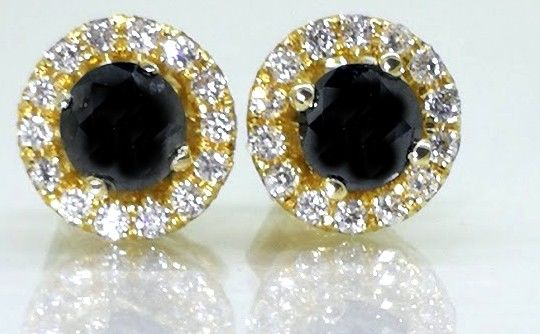 Dag & Nacht oorstekers gezet met black diamanten & brillianten total 0.60 ct *** No minimum price***