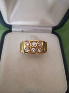 Yellow gold ring (18 kt) with diamonds, 16.5 mm