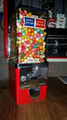 Atlas Master Gumball vending machine 1951 good condition