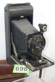 Nice Kodak No 1A pocket camera including bag