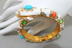 """Signed KENNETH JAY LANE - Gold plated white enameled hinged SNAKE Bracelet """"Couture Collection"""""""