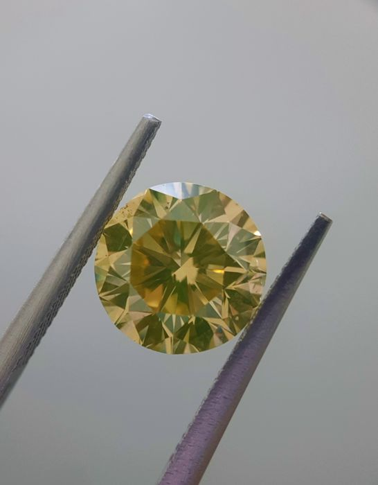 3.04ct Natural Round Cut Diamond Fancy Brownish Yellow SI1