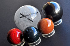 A fine collection of various mineral spheres-4 to 6.8 cm -918 gm (5)