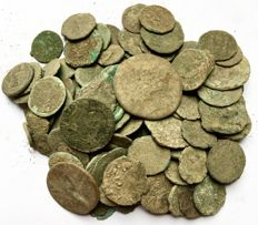 Roman Empire - Large collection of 100 Roman bronze coins-not cleaned- 1st / 4th. Century A.D. (100x)