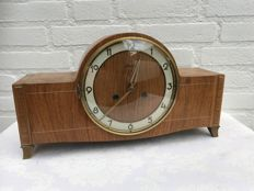 Walnut mantel clock - Mauthe - circa 1930