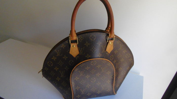 Louis Vuitton - Ellipse bag. - Catawiki 94d8bce3ce3ac