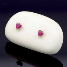 14k/575 yellow gold earrings with heart-shaped rubies - Gemstones weight 0.65 cts.