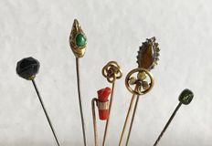 Lot of 7 antique pins, from the 19th to the early 20th century