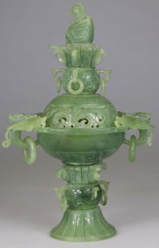 Censer in hard green stone - China - mid-20th century