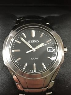 "SEIKO ""Classic"" – men's dresswatch – 2017 -- used, in near mint condition."