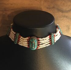 Choker with Turquoises, freshwater pearls and coral