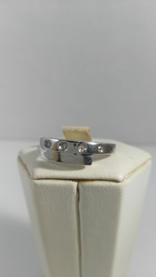 Sterling silver ring with diamonds (0.03 ct) -- Size 15