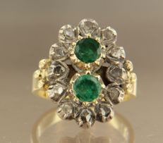 Yellow gold with silver ring with brilliant cut emerald and rose cut diamonds