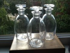 Val st Lambert 3 Art Deco-style whisky decanters, Liège, Belgium, mid 20th century