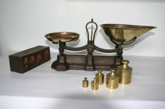 W. & t. Avery scales with weight blocks