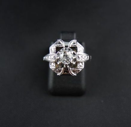 Gold art deco ring with .30 ct diamond.