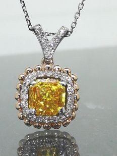 Pendant with a 0.90 ct fancy deep yellowish orangey colour diamond & 0.25 ct white diamonds *** no reserve price ***