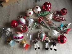 Old Christmas baubles from the 50s