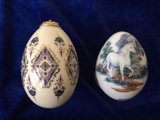 Lenox China treasure collection And Princeton Gallery - 2 beautiful porcelain collector eggs, one handpainted gilded and cloissonne, one with Unicorn