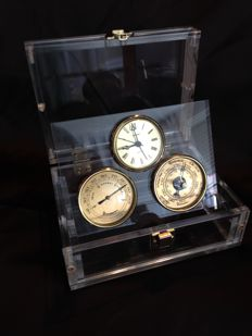 Maritime weather station of Staiger in perspex box. Barometer - Hygrometer - Clock