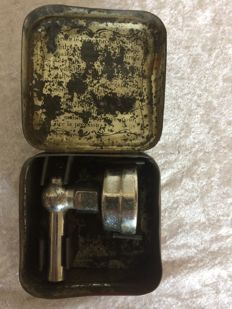 Michelin tyre pressure meter in original tin case France early 20th century