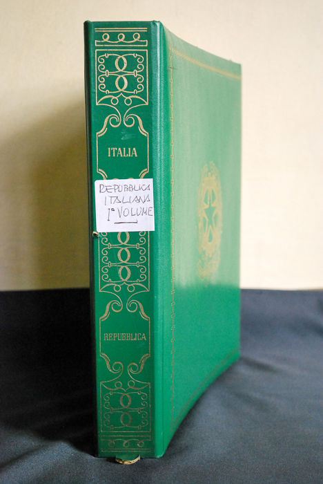 Italy, Republic – Collection in album