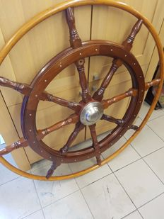 Large helm 122 cm diameter
