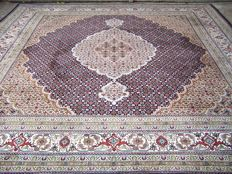 Indo Tabriz  carpet - End of the 20th century