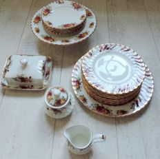 Aynsley Porcelain, Old Country Roses Style Dishes, plates etc.