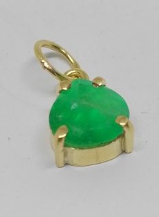Pendant in 18 kt yellow gold with emerald