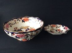 Mason's Mandalay, Ironstone China, grote  fruitschaal en presenteerschaaltje