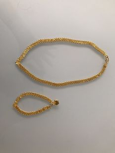 Unique 24 kt solid gold set necklace and bracelet.
