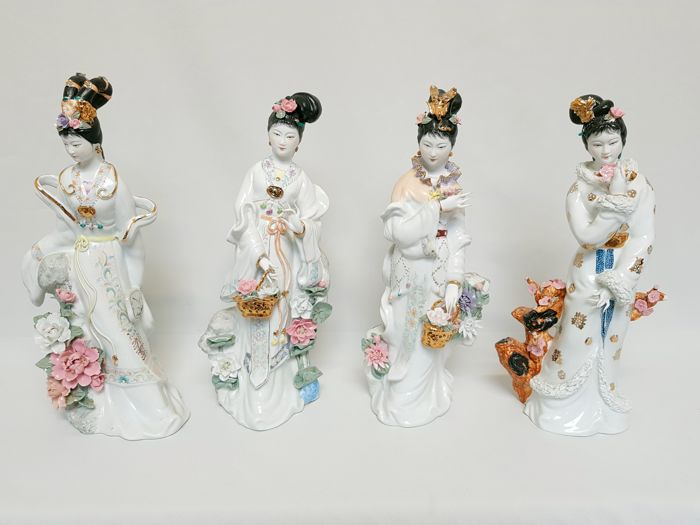 Porcelain statue, 4 seasons - China - 2nd half 20th century