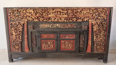 Traditional wedding cabinet - China - 19th/20th century