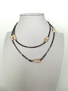 19.2 kt gold – Baroque Pearl + Hematite Necklace – threaded to silk knot –  Pearl 20x10 mm – hematite  2.3 mm / gold hoop clasp