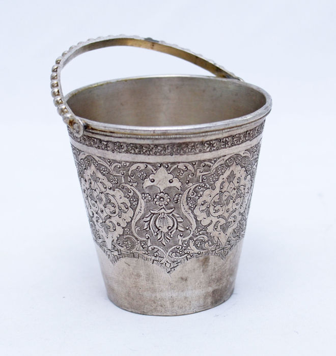 Cup / Goblet - 84 Silver - Persian - Bucket - Ispahan - Persia - ca. 19th Century