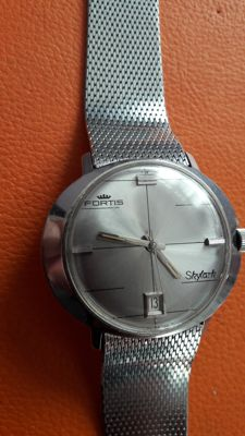 Fortis, skylark, automatic, rare model,SWISS MADE.
