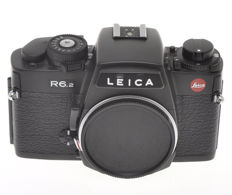 Leica R6.2 black finish, mechanical shutter and manual exposure